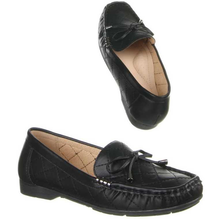 Mocasini practici, de culoare neagra, cu model realizat din cusaturi